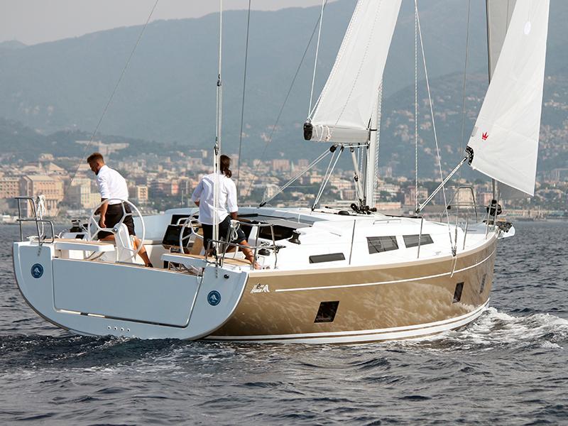 Golden Sail - Yacht Charter Madeira